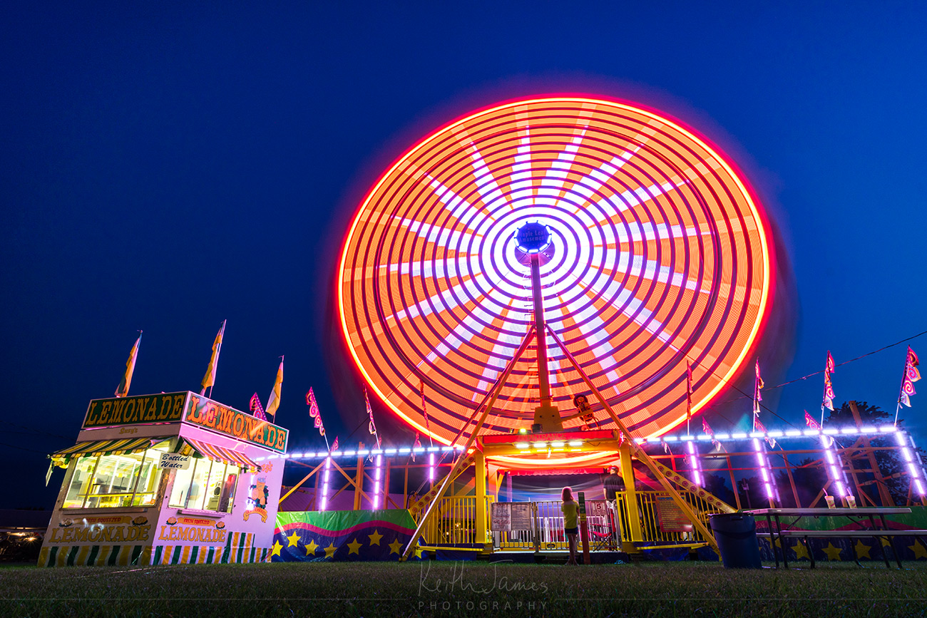 Night Photography: Ferris Wheel