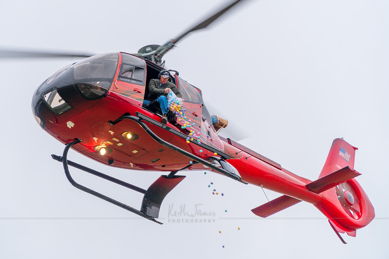 Event Photography: Helicopter Egg Drop