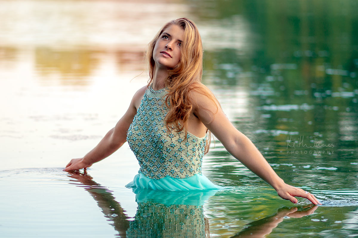 Portrait Photography: Senior Picture of a young woman in a river